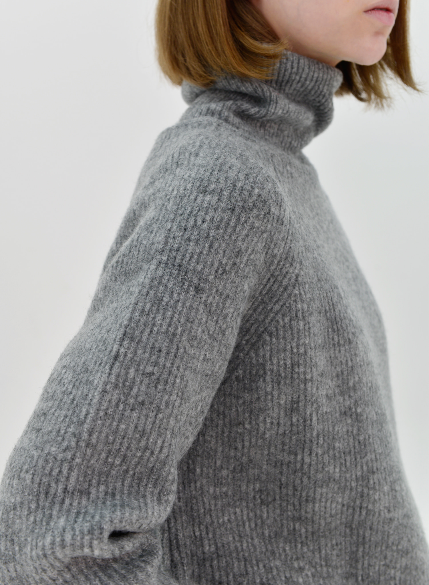 [SEASON OFF Event 30%↓] WOOL RIBBED TURTLENECK KNIT