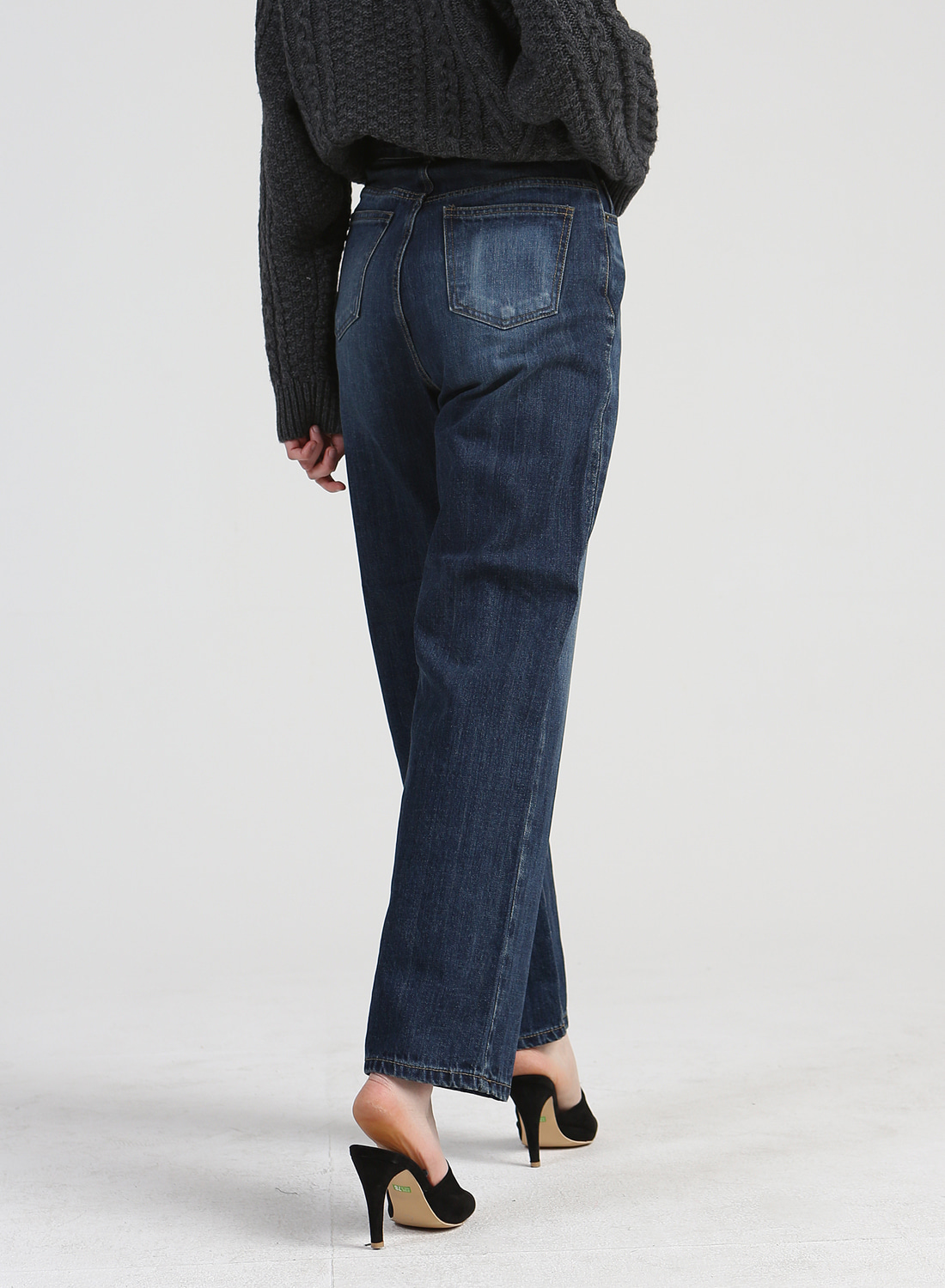 NEWTRO' LONG LOOMY JEANS